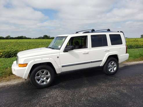 2008 JEEP COMMANDER LIMITED 4X4 AMAZING LEATHER 3RD ROW! for sale in Kewanee, IL