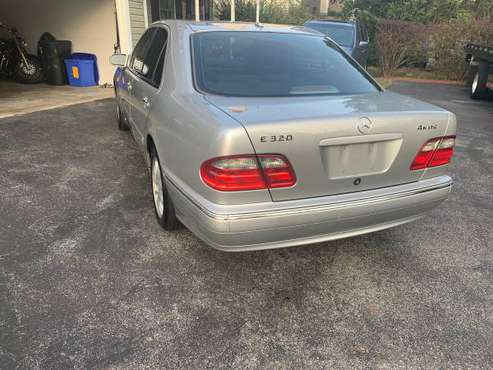 2001 mersedes Benz e320 4matic for sale in Gaithersburg, District Of Columbia