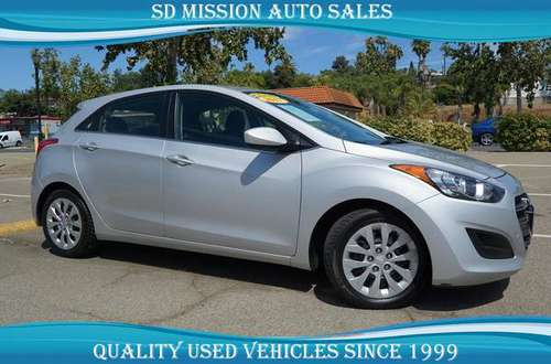 2017 Hyundai ElantraGas Saver! for sale in Vista, CA