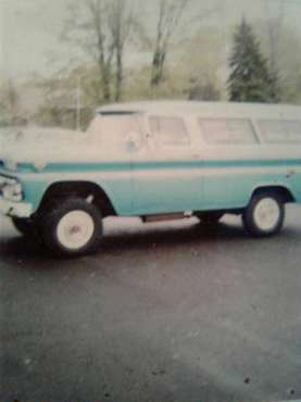 "Original 2 owner 1962 GMC four-wheel drive Suburban ""carryall"" for sale in Doylestown, CA"