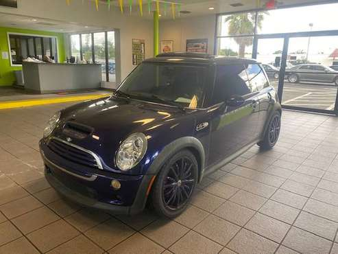 2005 Mini Cooper S Manual supercharged - cars & trucks - by dealer -... for sale in Fort Myers, FL