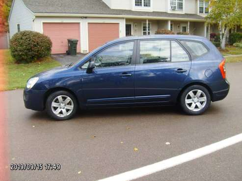 LOW MILES LOW PRICE EXCELLENT 07 KIA RONDA for sale in Burlington, VT