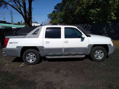 2002 Chevy Avalanche for sale in Indianapolis, IN