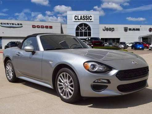 2017 Fiat 124 Spider Classica for sale in Arlington, TX