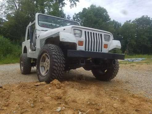 1993 jeep wrangler 5 speed 4wd for sale in New Washington, KY