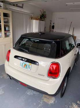 2017 Mini Cooper - cars & trucks - by owner - vehicle automotive sale for sale in Wellington, FL