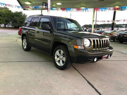 2016 JEEP PATRIOT LOW MILES 21K 5 SPEED MANUAL for sale in Bellevue NE, NE