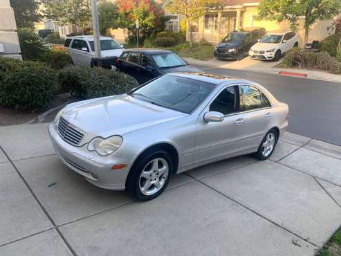!!! 2001 Mercedes C320 , original owner , low miles 110k , leather for sale in Rodeo, CA