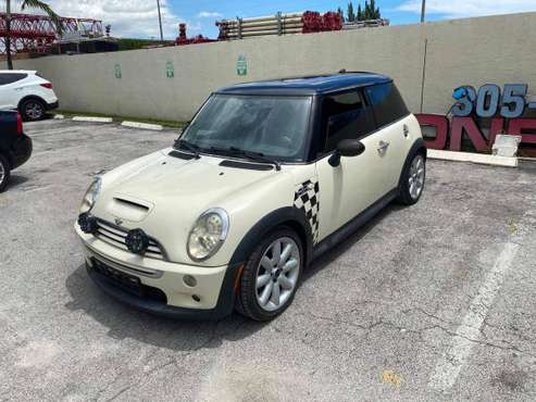 2006 Mini Cooper S - cars & trucks - by owner - vehicle automotive... for sale in Hialeah, FL