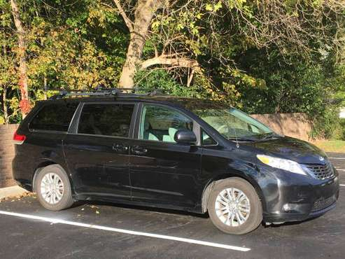 Loaded 2011 Toyota Sienna XLE for sale - Luxury Minivan seats 8! for sale in Canton, MI