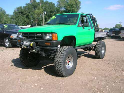 1986 Toytoa Pickup SR5 Rock Crawler! for sale in Fort Collins, CO