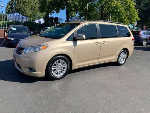 2012 Toyota Sienna XLE 8-Passenger*Back Up Camera*DVD Player*Financing for sale in Fair Oaks, CA