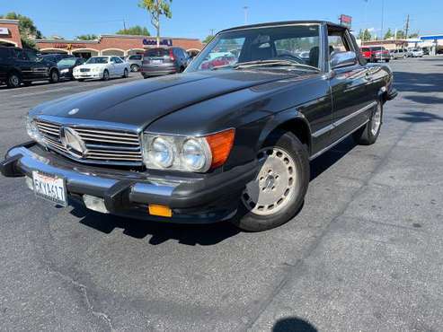 1989 Mercedes Benz 560 SL for sale in Granada Hills, CA