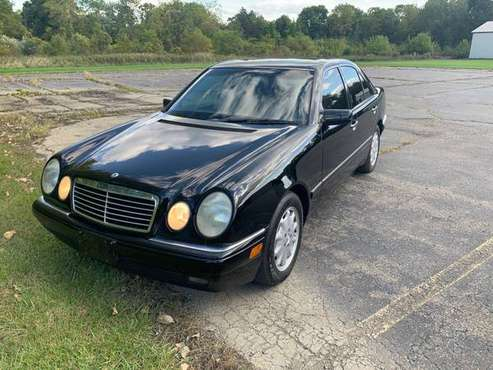 1997 Mercedes Benz E 420 NO ACCIDENTS for sale in Grand Blanc, MI