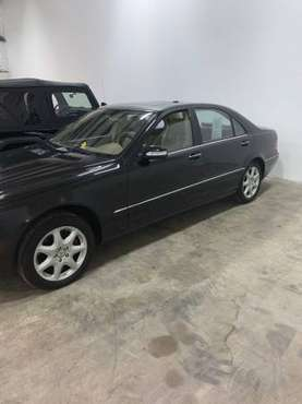 2004 Mercedes Benz S 500 4 matic 1 Owner Garage Kept Low mileage for sale in Springfield, IL