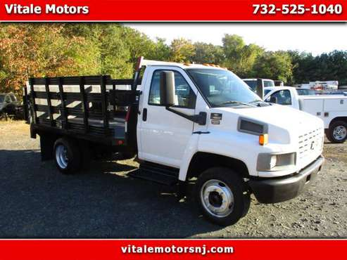 2005 Chevrolet C4C042 C4500 12 FOOT RACK BODY STAKE BODY for sale in south amboy, NJ