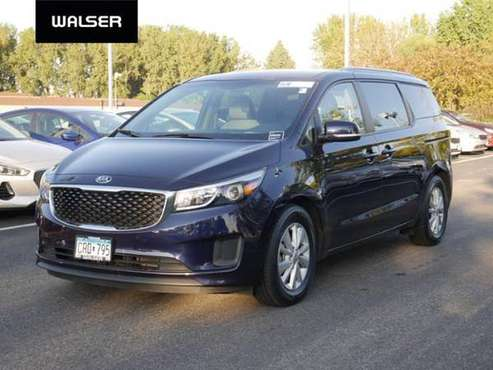 2018 Kia Sedona LX for sale in Walser Experienced Autos Burnsville, MN