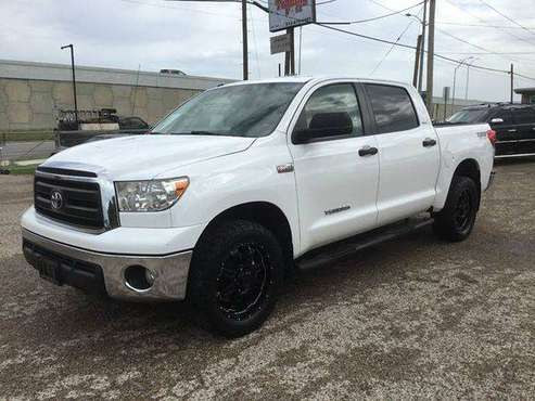 2013 Toyota Tundra Grade 4x4 4dr CrewMax Cab Pickup SB (5.7L V8 FFV)... for sale in San Marcos, TX