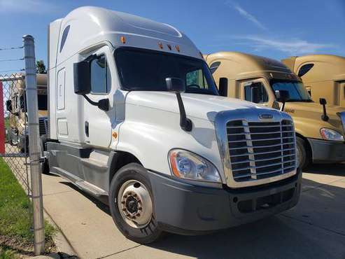 2015 Freightliner Cascadia SKU:2707G for sale in Tallahassee, FL