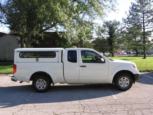 ***14 Frontier king cab, 82k mi, side entry contractor shell, 2wd *** for sale in Ballwin, IL