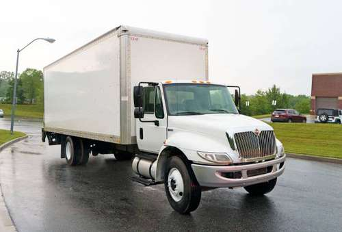 2015 International 4300 26 Foot Box Truck Lift Gate for sale in Glyndon, District Of Columbia