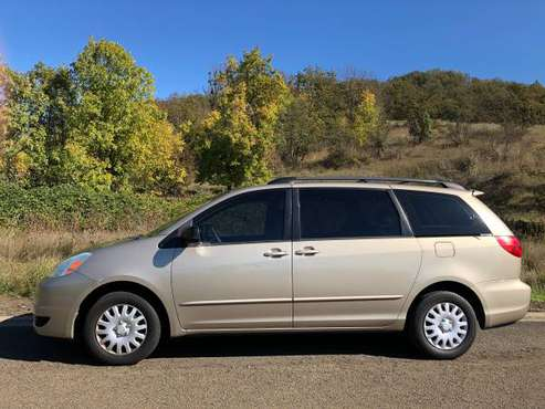 2004 Toyota Sienna for sale in Roseburg, OR