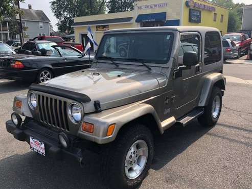 🚗 2003 Jeep Wrangler Sahara 4WD 2dr SUV for sale in MILFORD,CT, RI