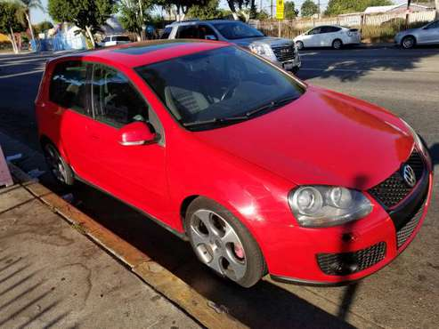 VW GOLF GTI 2.0 TURBO ONLY 65K MILES CLEAN TITLE for sale in Beverly Hills, CA