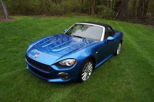 STUNNING 2017 FIAT 124 Spider Lusso 2dr Convertible for sale in Highland, NY