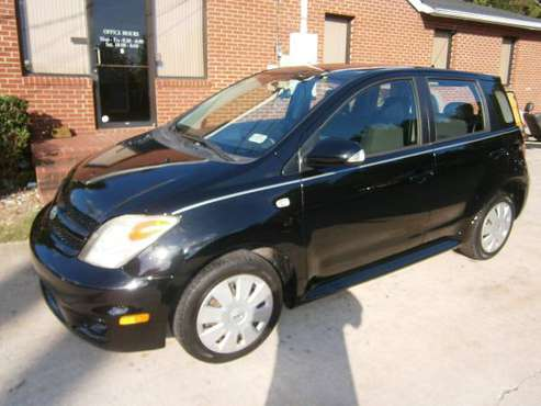 1 owner 2007 scion xa 5speed stick shift loaded (248Khwy miles sharp## for sale in Riverdale, GA