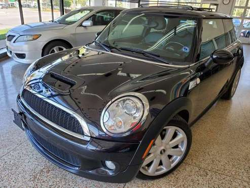 2009 MINI COOPER - cars & trucks - by dealer - vehicle automotive sale for sale in MILWAUKEE WI 53209, WI