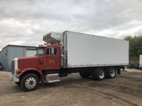 Peterbilt 378 Reefer termoking for sale in Chicago, IL