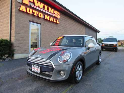 2015 MINI Cooper Hardtop HB - cars & trucks - by dealer - vehicle... for sale in Rockford, WI
