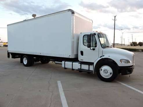 2011 FREIGHTLINER M2 26 FOOT BOXTRUCK W/LIFTGATE with for sale in Grand Prairie, TX
