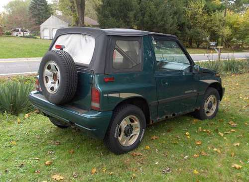1996 GEO Tracker 4X4 for sale in Akron, OH