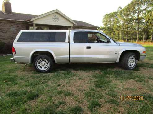 2002 Dodge Dakota SLT King Truck - cars & trucks - by owner -... for sale in Cherryville, NC