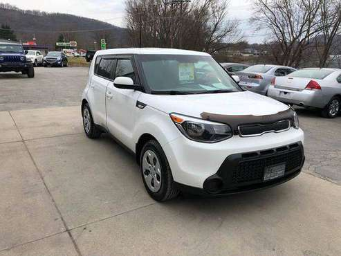 2014 Kia Soul Base 4dr Wagon 6M EVERYONE IS APPROVED! for sale in Vandergrift, PA