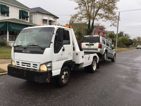 2006 ISUZU NPR WRECKER for sale in Pleasantville, NJ
