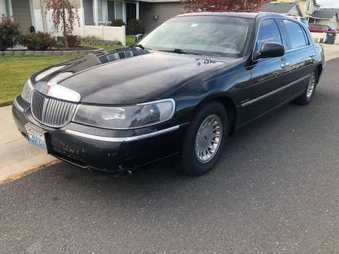 Lincoln Town Car Cartier L Edition for sale in Roslyn, WA