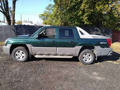 2003 Chevy Avalanche z71 for sale in Indianapolis, IN