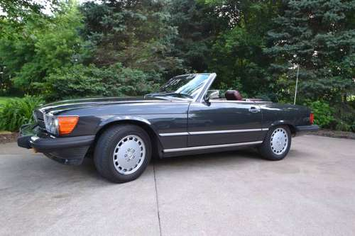 1987 Mercedes Benz SL560 Roadster for sale in Stillwater, MN