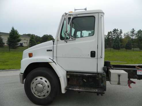 2002 FREIGHTLINER FL-70 CAB/CHASSIS for sale in douglas, MA