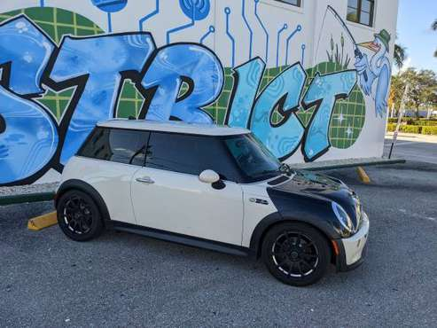 Mini Cooper S R53 - A lot of new parts and tires! - cars & trucks -... for sale in Boca Raton, FL