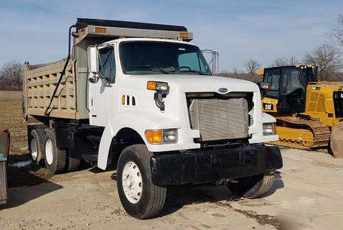 2000 Sterling LT8500 Dump Truck for sale in Bealeton, District Of Columbia