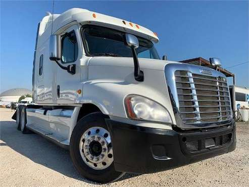 2013 FREIGHTLINER CASCADIA 125 ** FINANCING AVAILABLE ** for sale in Houston, TX