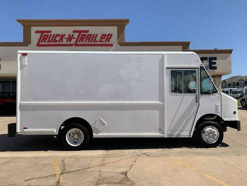 2000 *Freightliner MT45 W700 14' Diesel Auto 134K Miles FedEx Finan for sale in Oklahoma City, OK