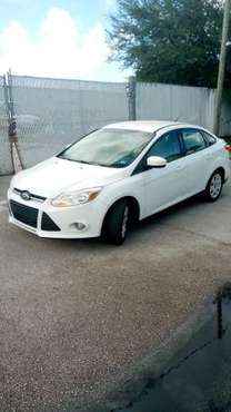 2012 Ford Focus SE - cars & trucks - by owner - vehicle automotive... for sale in Port Saint Lucie, FL