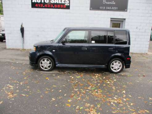 2005 SCION XB SUPER CLEAN GAS SAVER for sale in Springfield, MA