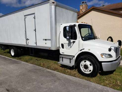 Freightliner for sale in Beltsville, CT