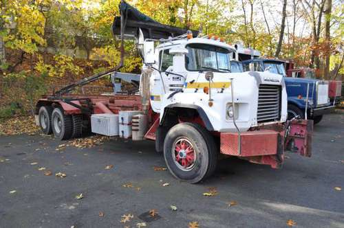 1997 mack 600 roll off for sale in westwood nj, NJ